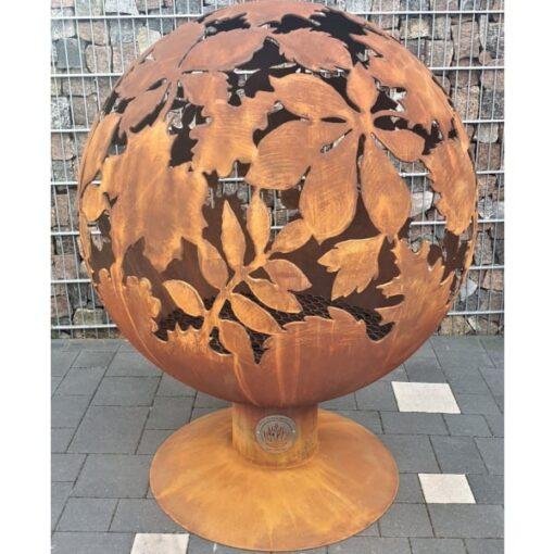 Место для костра садовый камин шар сфера с темой листьев