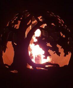 Dārza kamīns ugunskura vieta sfēra ugunsbumba ar ozolu motīvu