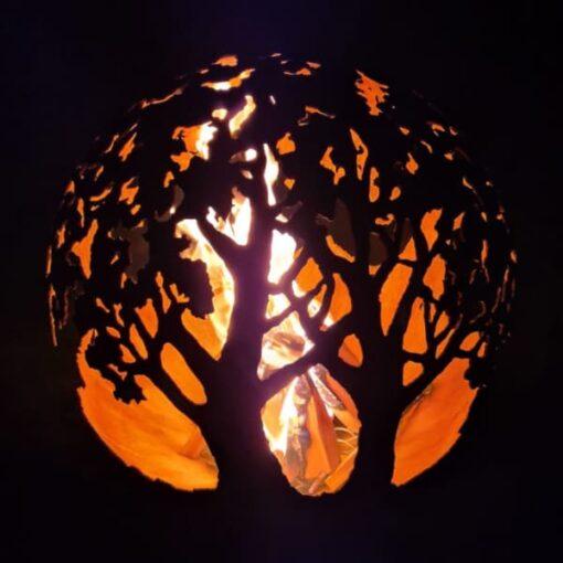 Dārza kamīns ugunskura vieta sfēra ugunsbumba ar trīs ozolu motīvu