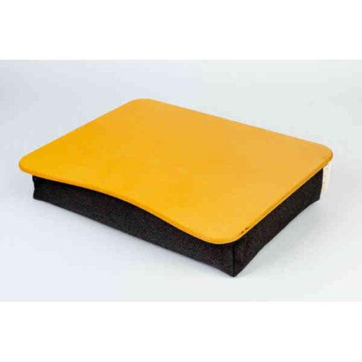 Dzeltenā portatīvā datora spilvēnpaplāte